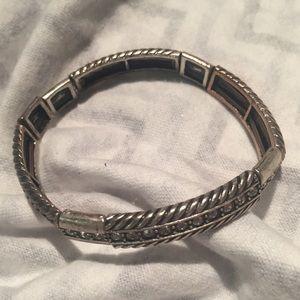 Bracelet Silver Tone Rope Twist Rhinestones Strtch